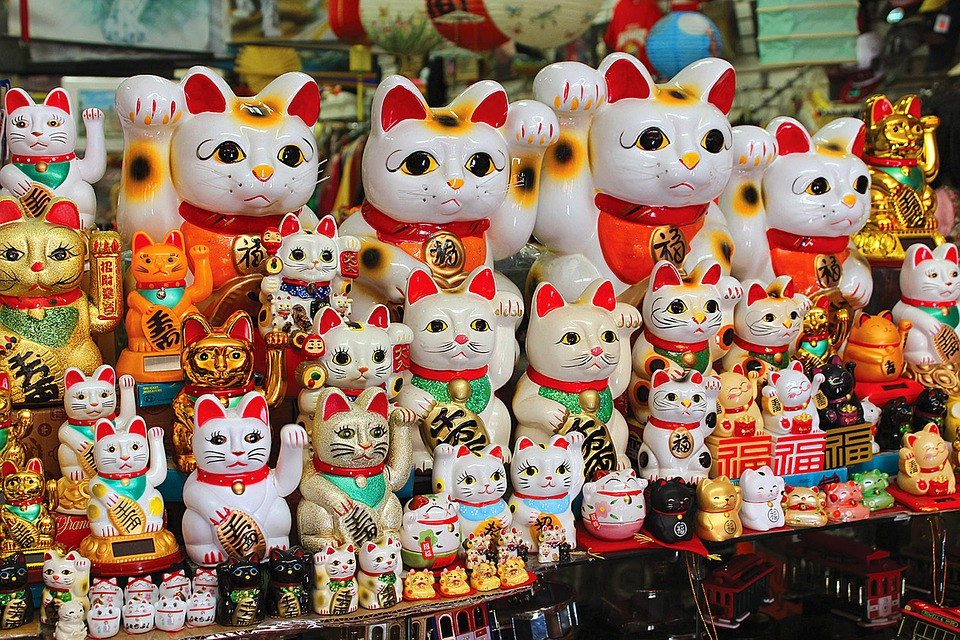 gatti giapponesi maneki neko