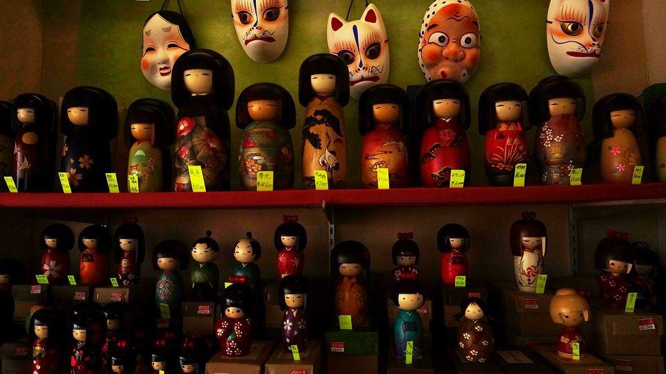 Kokeshi bambole giapponesi