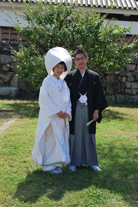 Matrimonio tradizionale in Giappone, gli abiti