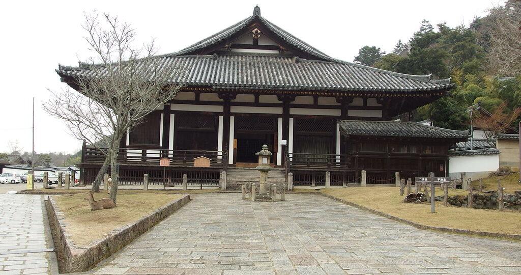 Lo Hokkedo del Todaiji, dove è conservata la scultura