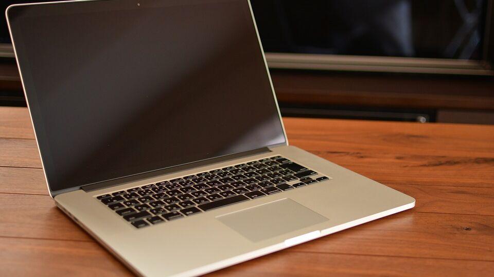 computer con tastiera giapponese