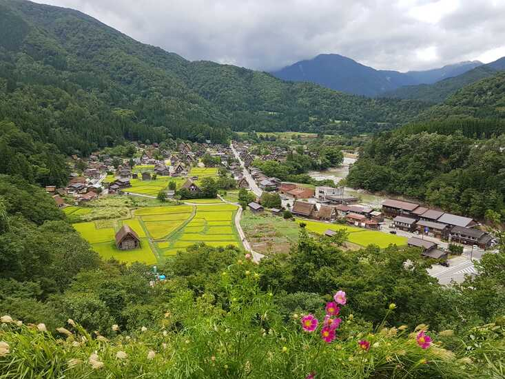 Ogimachi Vilaggio di Shirakawa-Go Casa in Stile Gassho Giappone Veduta Panoramica Monte Shirayama