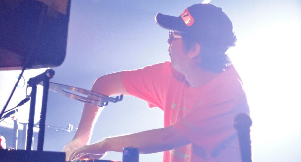 musica di Shinji Hosoe DJ