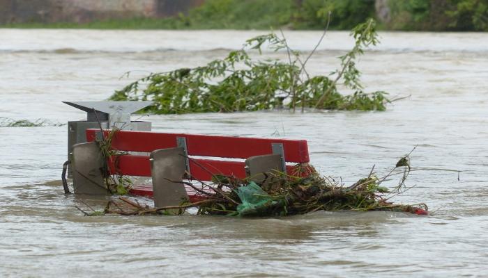 stagione delle piogge in Giappone causa disastri